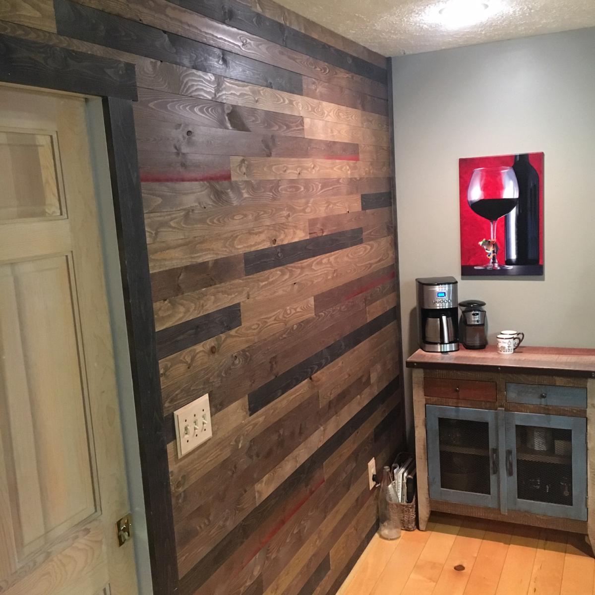 Accent Wood Wall using Great American Spaces BrewPub in Whiskey Barrel